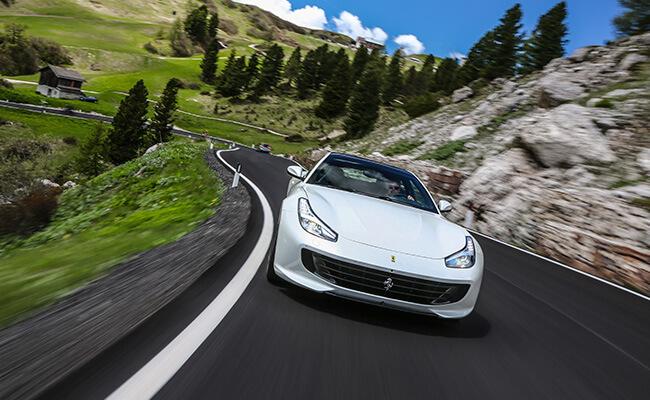 GTC 4 Lusso - изображение описание-car_Ferrari-GTC4Lusso на Ferrarimoscow.ru!