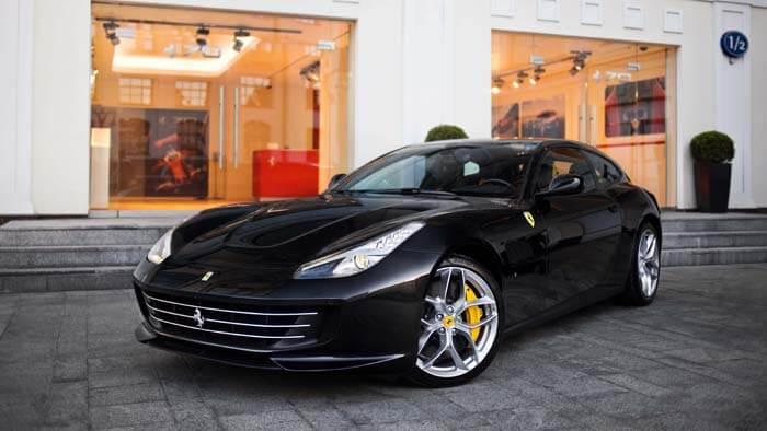 "GTC4LUSSO ""70 Anni Collection"" - изображение IMG_2662_700x394 на Ferrarimoscow.ru!"