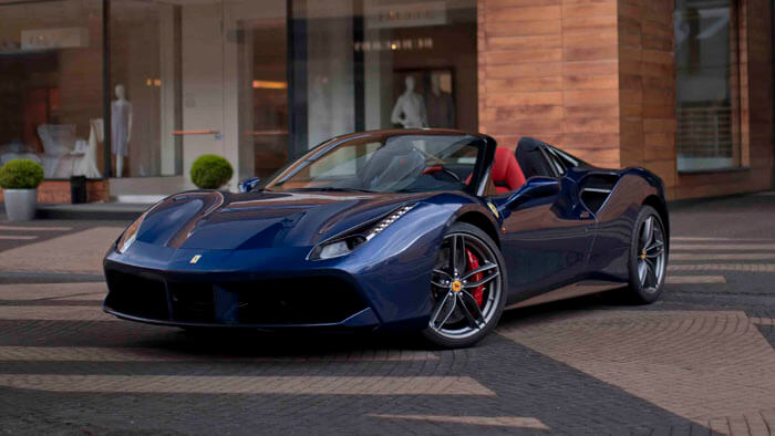 "GTC4LUSSO ""70 Anni Collection"" - изображение IMG_8690_700Х394 на Ferrarimoscow.ru!"